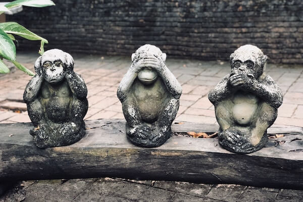The hear no evil, see no evil, speak no evil monkey statues